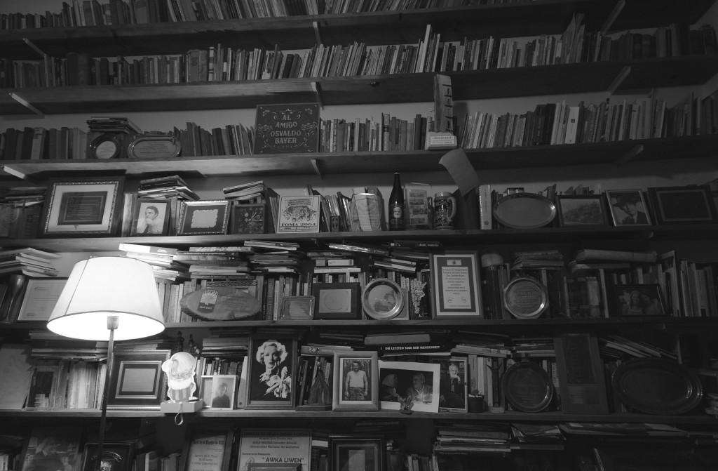 Biblioteca que pertenece a Osvaldo Bayer.